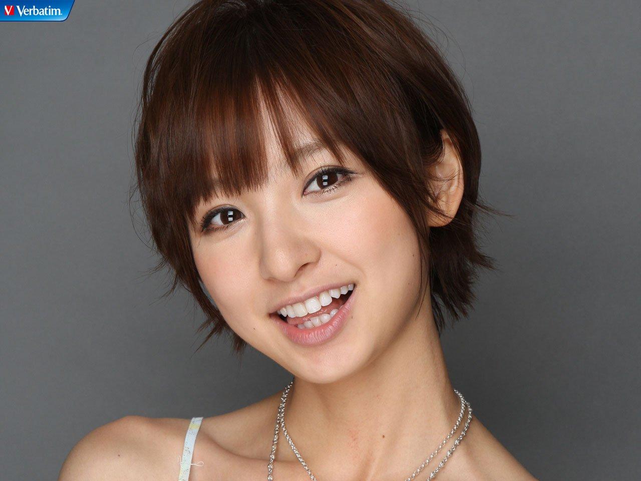 篠田麻里子 現在에 대한 이미지 검색결과