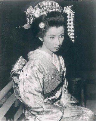 takarazuka enters the hall of fame kaoru yakusugi is too beautiful to scan 八千草薫宝塚時代の画像3 - 宝塚で殿堂入り?美人すぎる八千草薫はスキャンダルも凄かった!