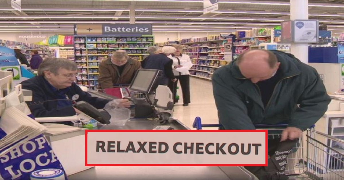 tesco5 1.jpg?resize=300,169 - RELAXED CHECKOUT: Customers Left Speechless After Reading A Sign While Unpleasantly Waiting In Line