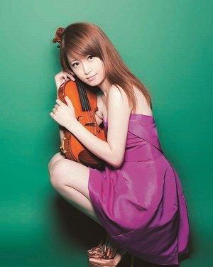 three beautiful violinists 002 - 美人すぎるバイオリニスト厳選3人!実力は?
