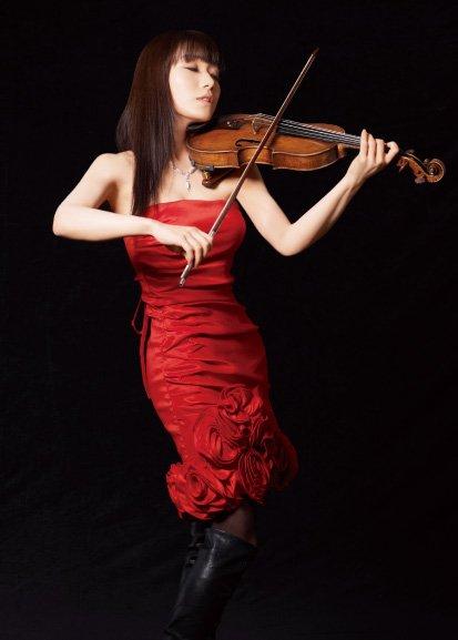 three beautiful violinists event show h3a img01 - 美人すぎるバイオリニスト厳選3人!実力は?