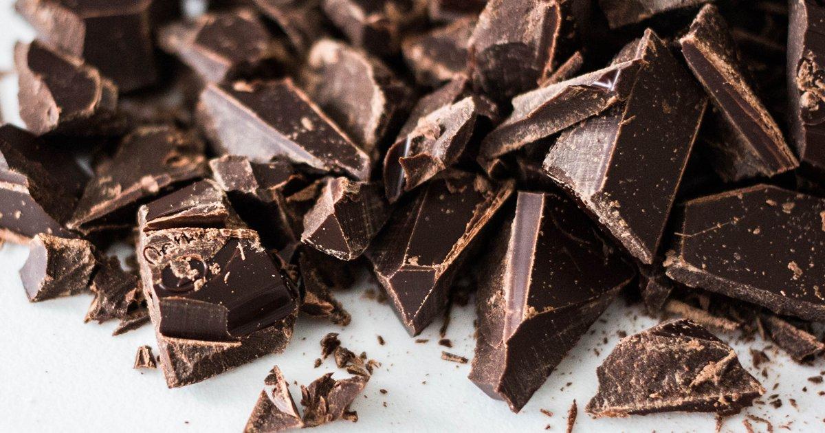 """thumbnail5ly.png?resize=1200,630 - Chocolate está correndo risco de """"extinção"""", avisam os cientistas"""