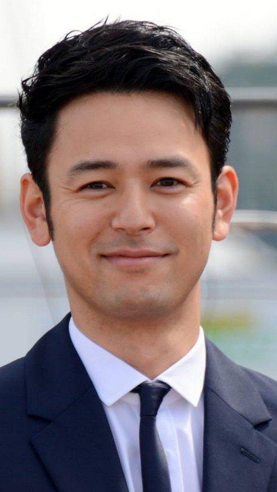 tsumabukisatoshi married myco Satoshi Tsumabuki Cannes 2015 - 妻夫木聡が遂に結婚!相手の女優・マイコってどんな人?
