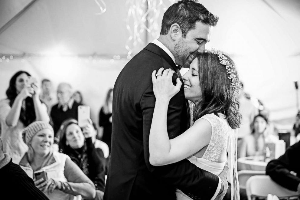 wedding ht 3 er 180104 3x2 992 - Boyfriend Surprises Girlfriend with Engagement, Wedding In One Night