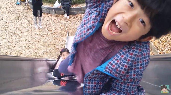 x7 - 초등학교 졸업하기도 전에 억대연봉 버는 꼬마 유튜버 4인