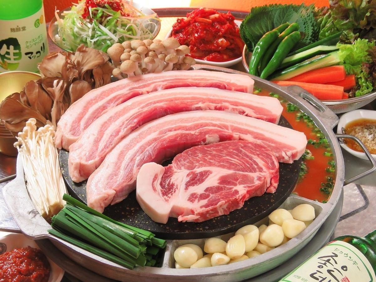 yakiniku play korea trip j23o - 焼肉は食べておきたいところ!韓国旅行の遊び方
