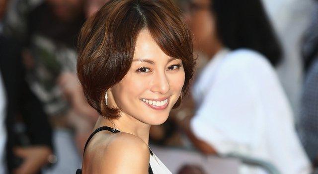 yonekura - お手本は米倉涼子!ヘアスタイルを真似したい人が美容室ですべきこと