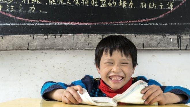 100014493 nino - Polêmica! Enigma matemático indecifrável é colocado em prova para crianças na China