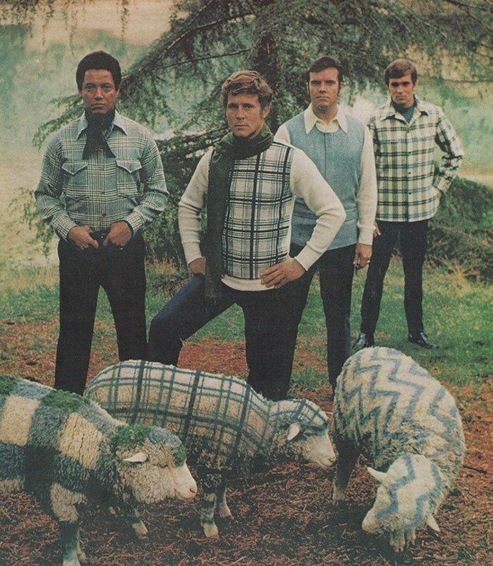 13 52 - 절대 돌아오지 않았으면 하는 1970년대 남자 패션 (사진 15장)