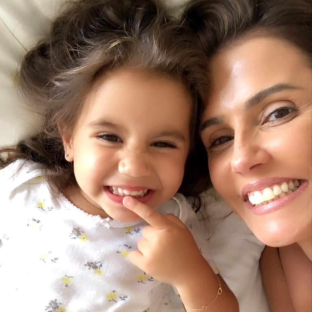 27576162 1980831512180263 9034867262263132160 n1.jpg?resize=1200,630 - Filha de Deborah Secco faz sucesso na internet em momentos fofos registrados pela mãe