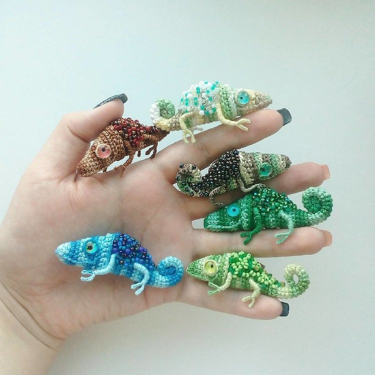These Tiny Crochet Chameleons Will Be The Most Beautiful Thing You