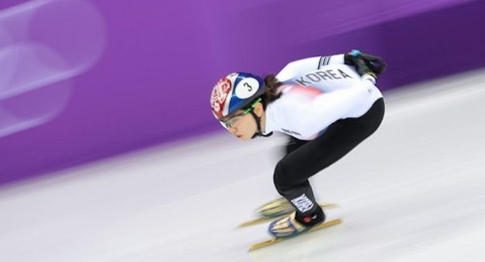 88ix2lfsll99w8v1nen4 - 넘어지고도 올림픽 신기록을 세우며 1등한 한국 쇼트트랙팀에 충격 받은 일본 반응