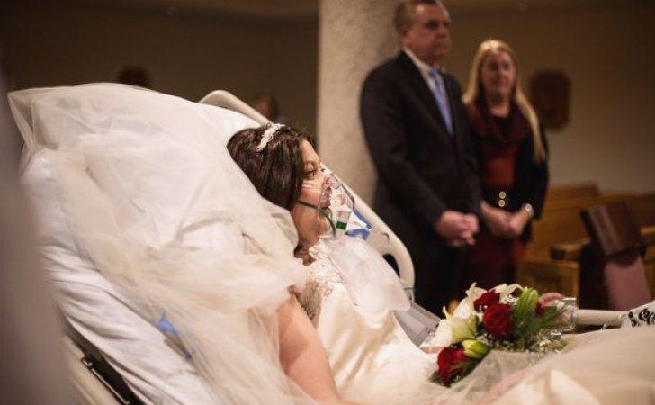 ASHLEYMOSHER14 - Una pareja decide casarse aunque ella estaba a punto de morir de cáncer, 18 horas después él quedó viudo.