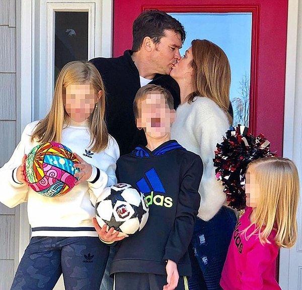 Una familia que ahora atraviesa una severa crisis. El marido, sin embargo, se mostró a su lado hasta cuando fue a entregarse ante las autoridades