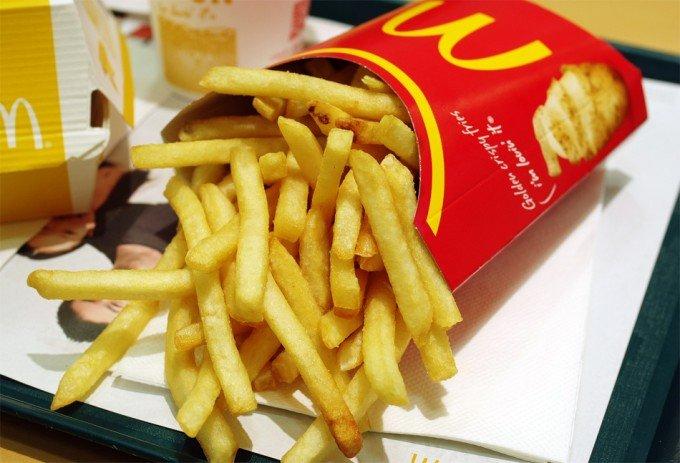PAPAS - Según un estudio, las papas fritas de McDonald's podrían curar la calvicie debido a una sustancia química.