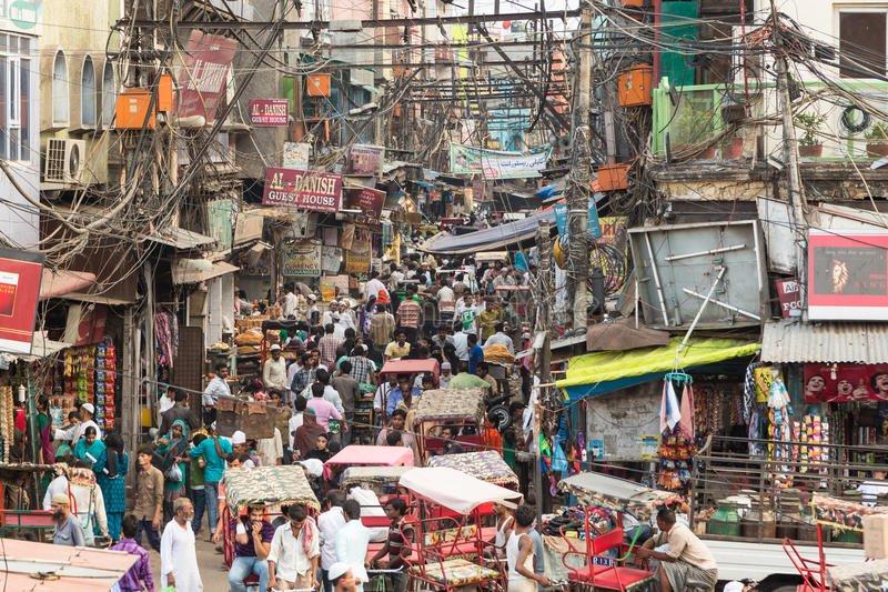 calles caóticas de delhi vieja en la india 57185986 - En la India secuestran hombres solteros para casarlos a la fuerza