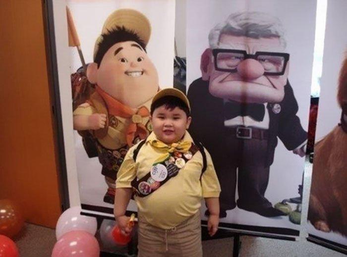 cartoon real life lookalikes 4 57d69902a254a  700 - A semelhança dessas pessoas com personagens de animações da Disney vai te impressionar!