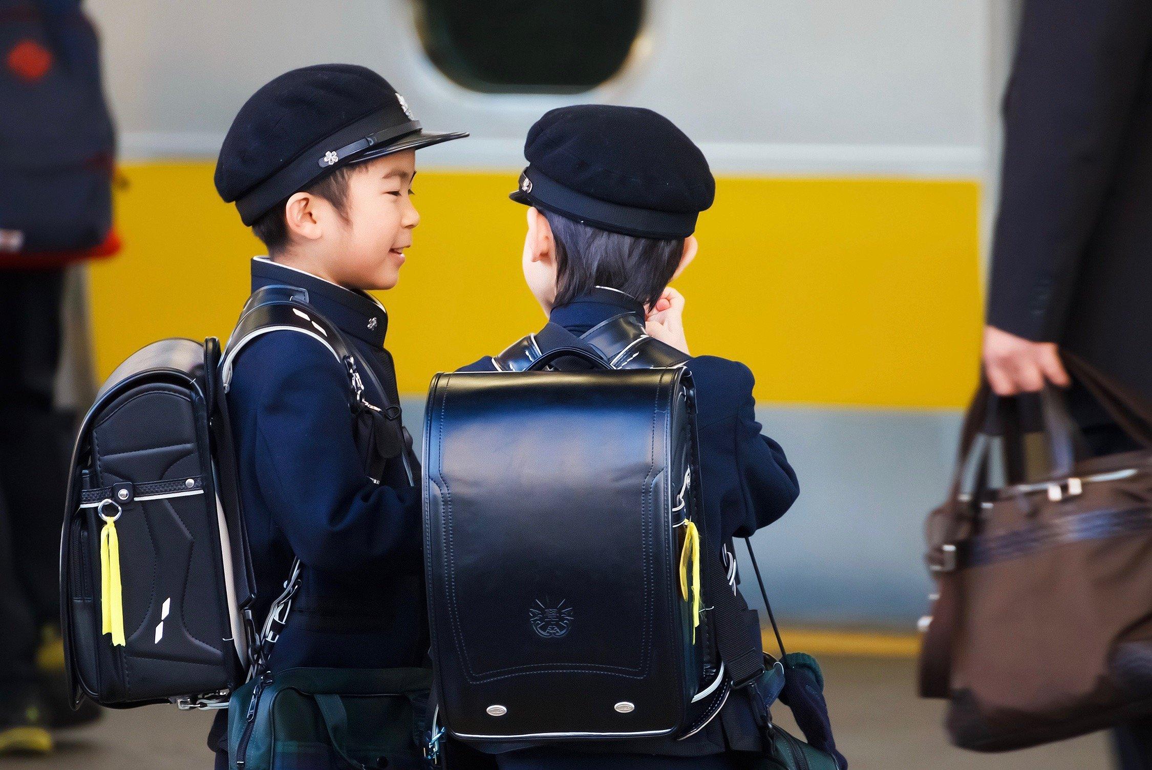 iStock 31507038 MEDIUM 1 - Razones por la que los niños japoneses no hacen tantos berrinches y son más obedientes con los mayores