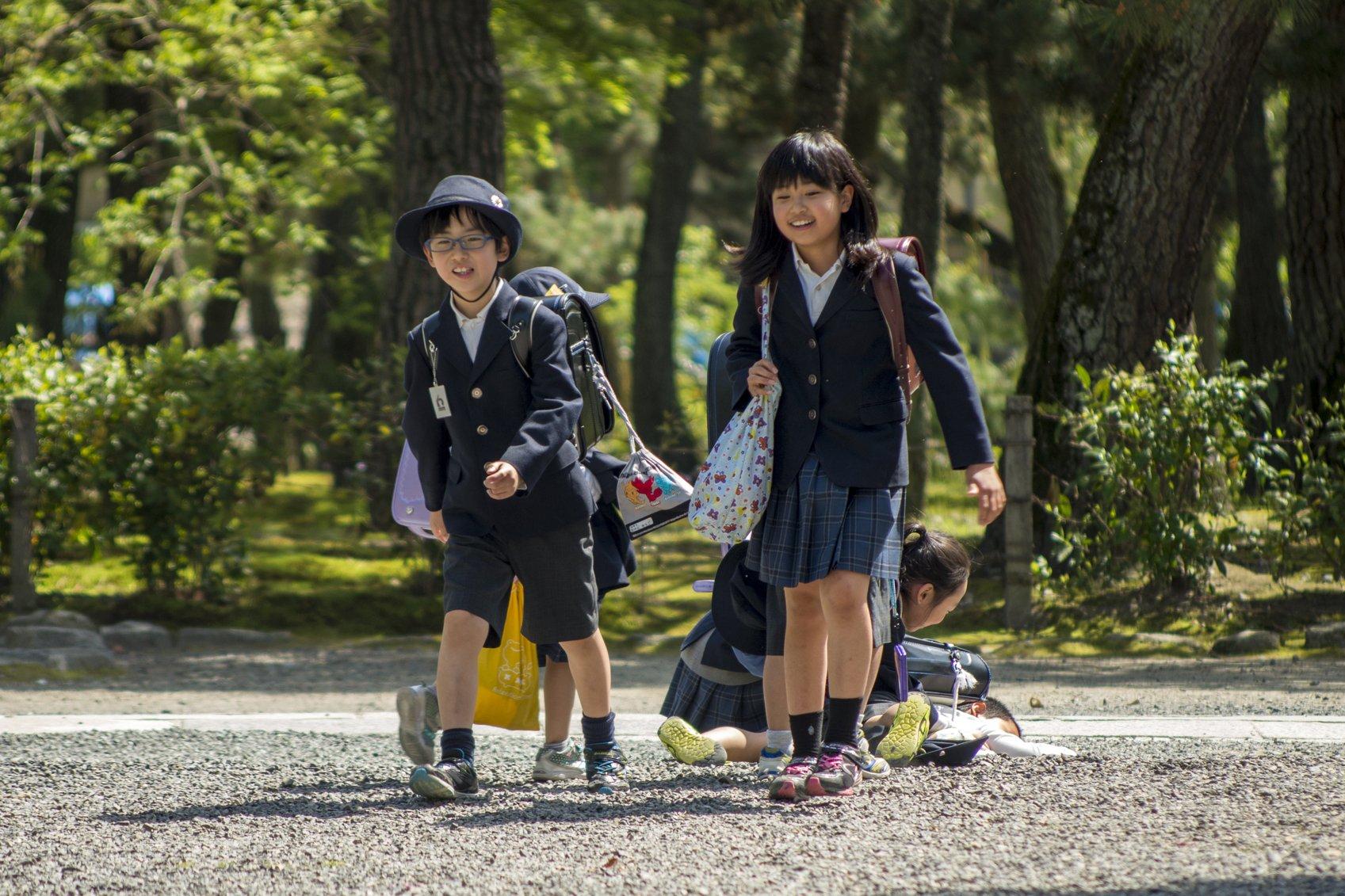iStock 93406257 MEDIUM - Razones por la que los niños japoneses no hacen tantos berrinches y son más obedientes con los mayores