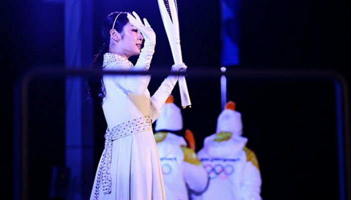 l4945s268qe87i5ezjuy - 온몸에 소름 쫙 돋는 '피겨 여왕' 김연아의 '역대급' 성화 점화 (영상)