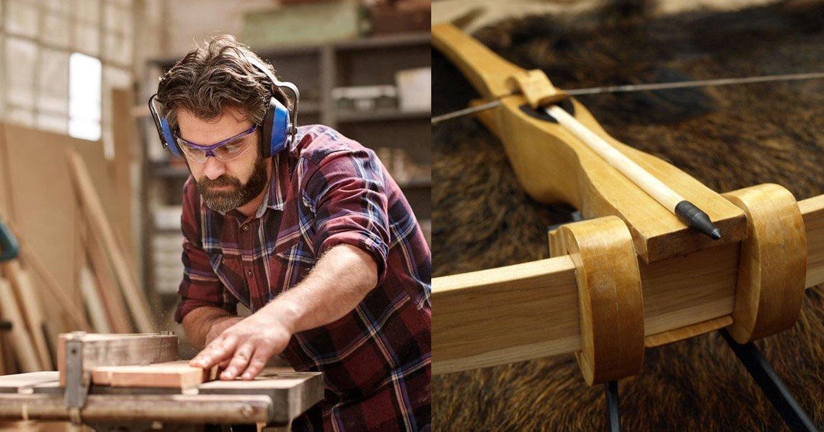 crossbow.jpg?resize=1200,630 - Homem é especialista em construir coisas incríveis a partir de lixo - confira seu último feito: uma balestra!