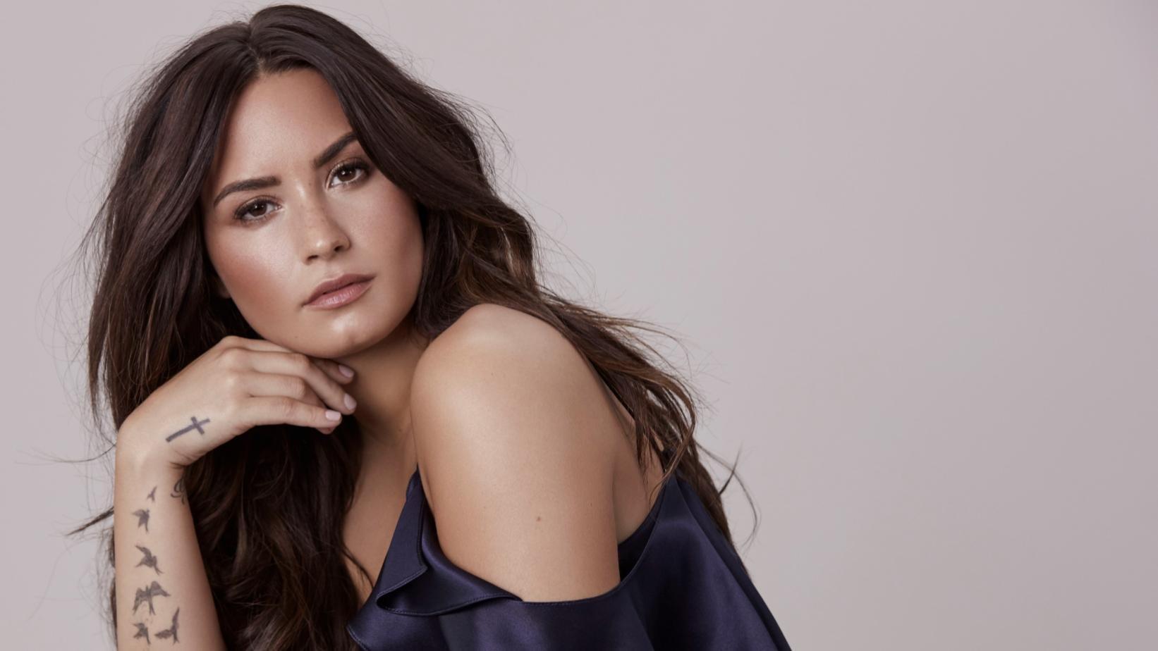 demi lovato 03 069.jpg?resize=1200,630 - Demi Lovato disponibilizará para seus fãs sessões de terapia antes do show em sua próxima turnê