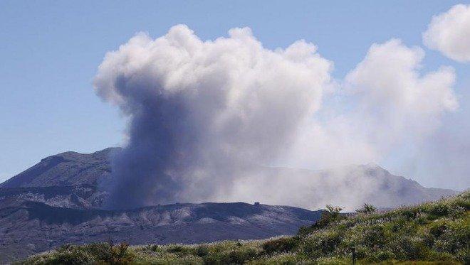 「火山活動が活発」の画像検索結果