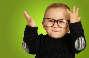 eye-glasses-smile-style-child-children-kid-green-back-ground-1