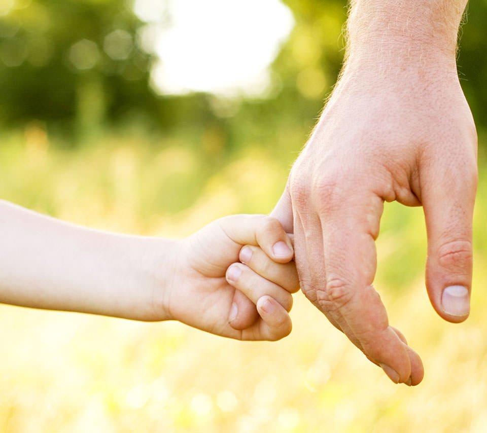 父と娘 手에 대한 이미지 검색결과