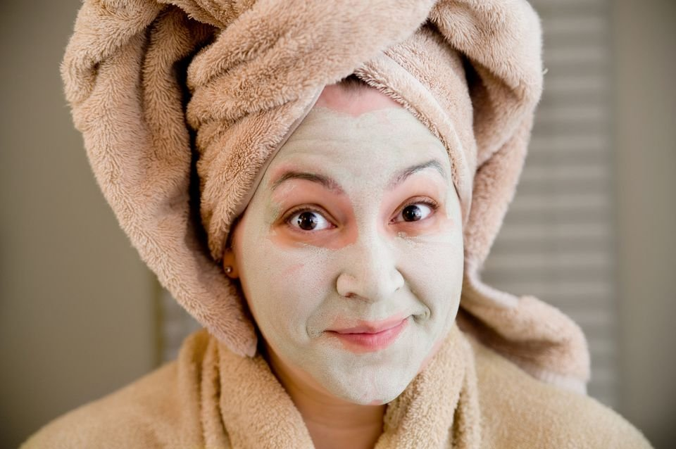green-clay-mask-581801483df78cc2e88115d0