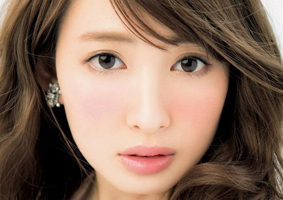 Image result for 小嶋陽菜 目