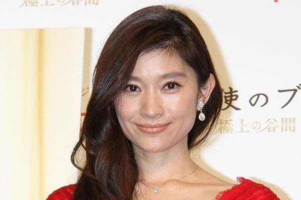 img 5a77eadd3d14b.png?resize=1200,630 - 小室哲哉プロデュースでブレイクした篠原涼子、2人は本当に付き合っていたの?