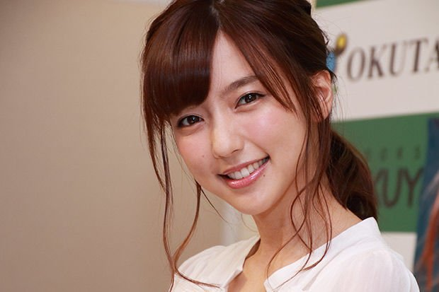 img 5a91805650656.png?resize=1200,630 - 真野恵里菜の可愛い画像紹介!激太りやダイエット成功の過去も
