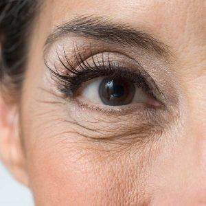 older-woman-eye-makeup