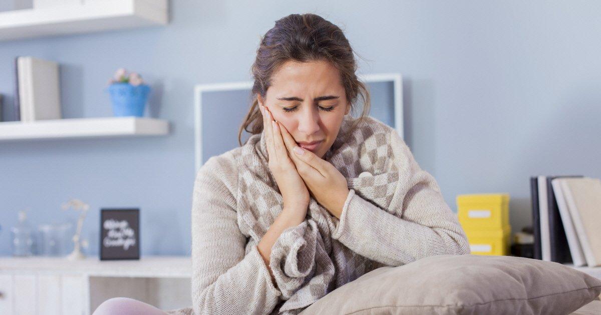 questions about root canal treatment - 당신이 음식을 먹을 때마다 '볼살' 씹는 이유