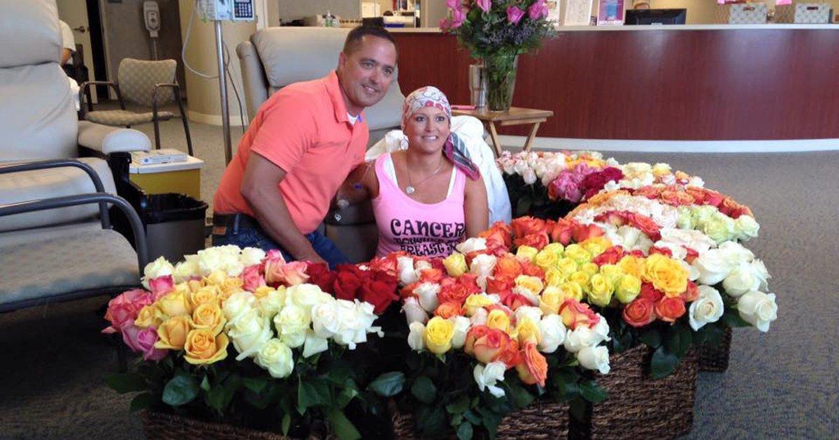 thumbnail5qgj.png?resize=1200,630 - Para comemorar o término da quimioterapia da esposa, marido a presenteia com 500 rosas