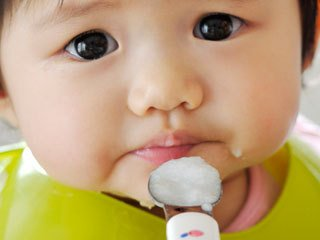 i asked the doctor】 i want to see the one months worth baby food ad1271c6 fe22 425f b5c5 8c27baab57d7 - 【お医者さんに聞いた】1ヶ月分が見たい!離乳食初期の献立メニューとスケジュール例