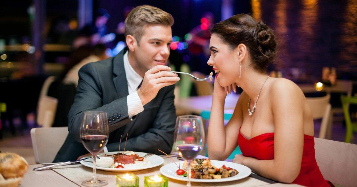 "1489397681 romantic evening with romantic couples.jpg?resize=648,365 - ""그는 나와 잘 맞을까?"" 소개팅 음식 7가지로 보는 '상대방의 연애 성향' 테스트"