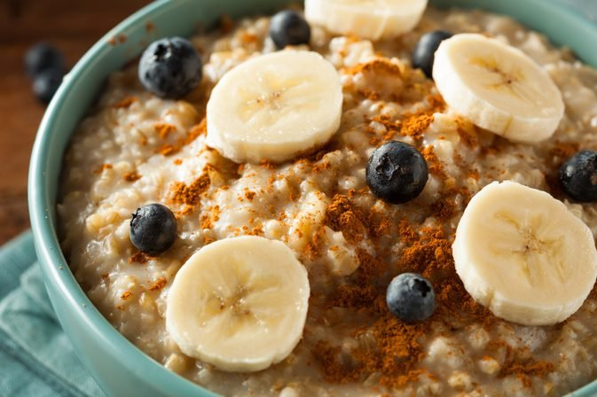 470698194 - Researchers Tell Why You Should Eat Oatmeal Every Day―It's Super Beneficial!