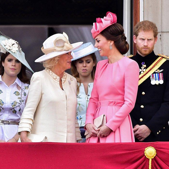 150664418759cd90db5956c - Sorprendentes datos que no conocías sobre Camilla, la elegante esposa del Príncipe Carlos