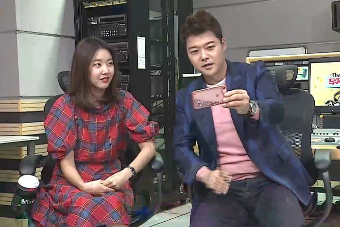 1u4015u3ocau1a63p8cz - '패션 테러리스트' 전현무 구제 위해 본인 스타일리스트까지 투입한 '사랑꾼' 한혜진