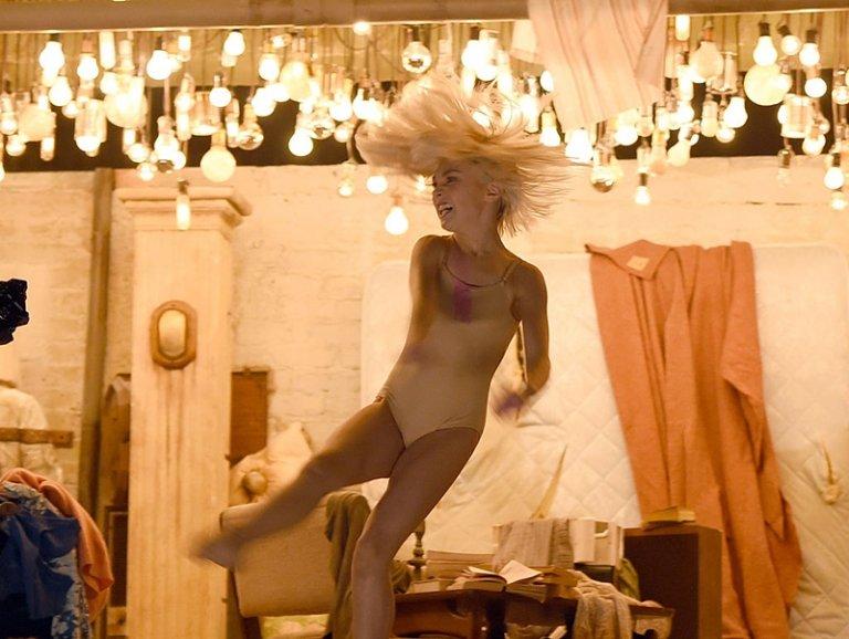 """GettyImages 463036320 768x578 - Maddie, la bailarina del videoclip """"Chandelier"""", se dedicará a la actuación"""