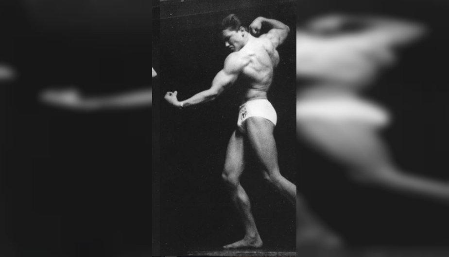 arnold schwarzenegger - Arnold Schwarzenegger publicó una foto inédita de como lucía a sus 16 años