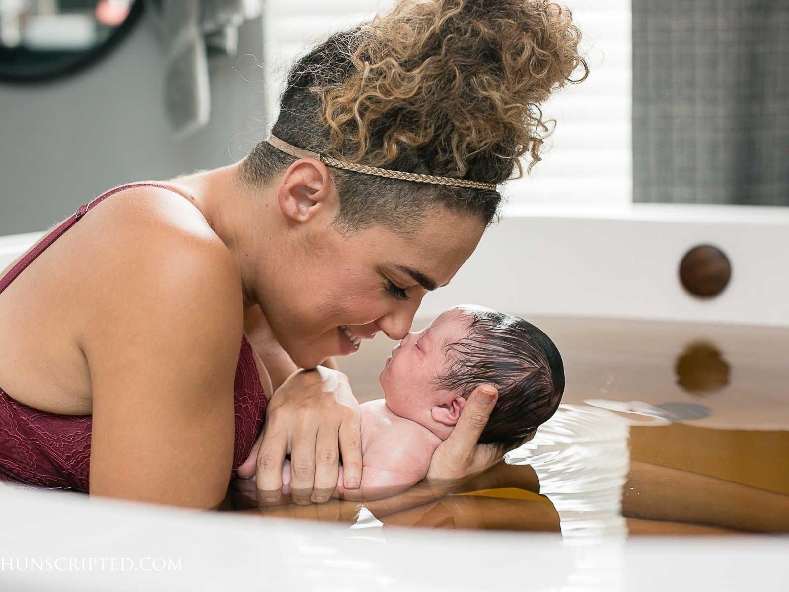 lwm 1004 1600x1200 - Cette famille qui accueille un nouveau bébé découvre qu'il est atteint de trisomie 21 et leur réaction va vous réchauffer le cœur.