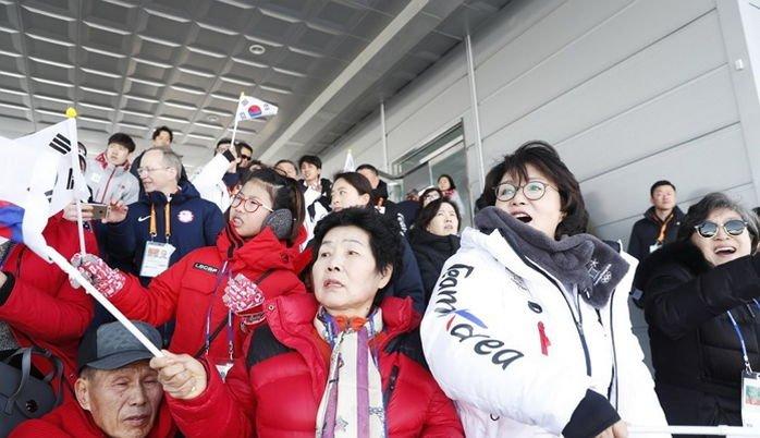 qkt2rcbhte13611br68g - 관심 못받는 '패럴림픽' 경기 응원을 위해 모든 경기 참관 중인 김정숙 여사
