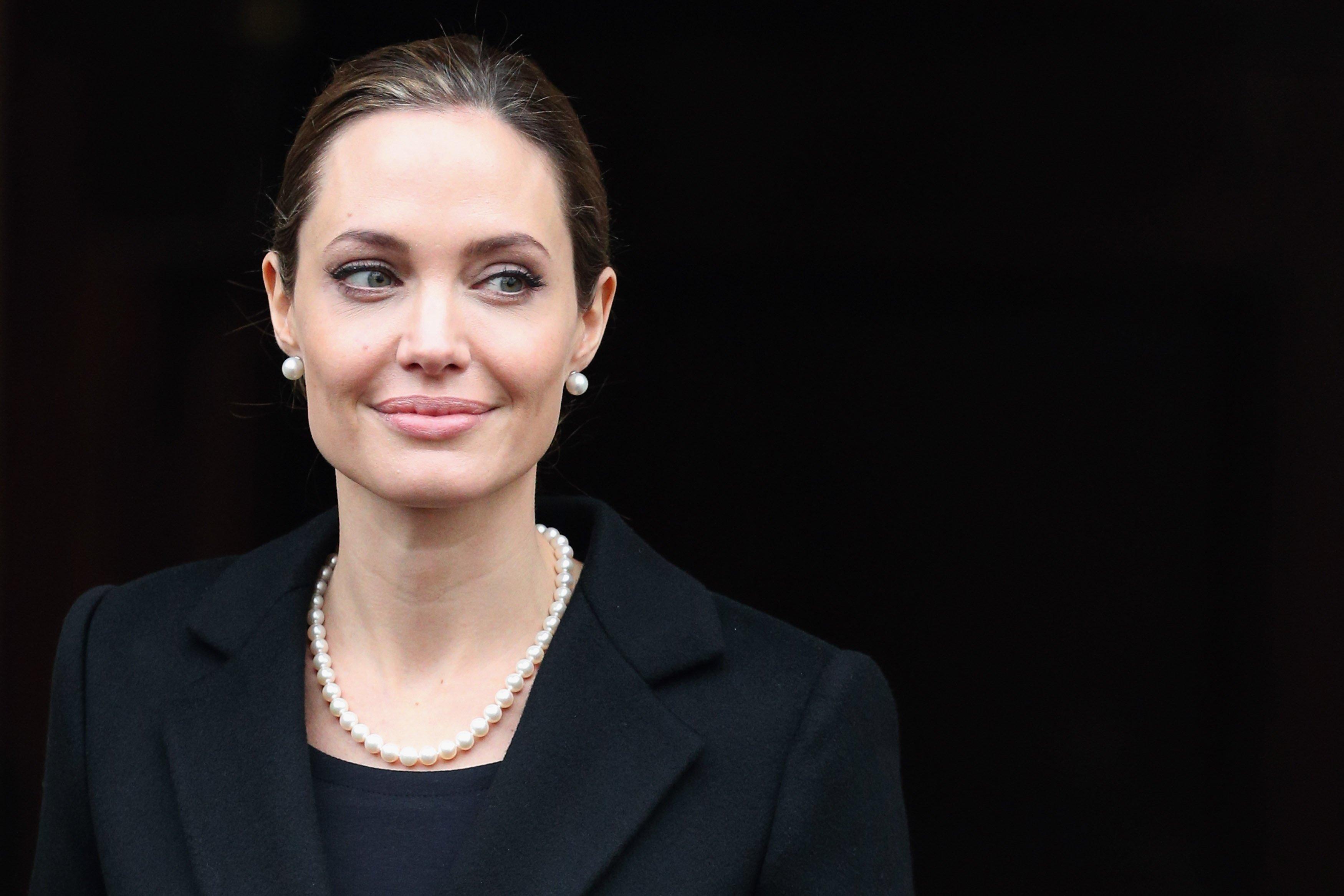 angelina jolie.jpg?resize=1200,630 - Angelina Jolie revela quando foi sua última tentativa de salvar seu casamento