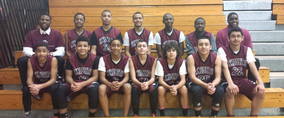 joueurs de basket-aide-cheerleader-3