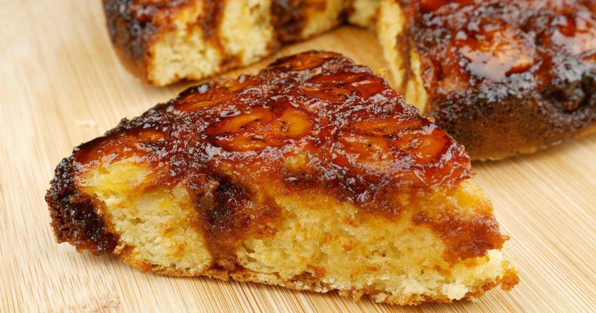 bolo de banana 01 1.jpg?resize=1200,630 - Confira essa receita de bolo funcional de banana e aveia!