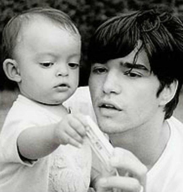 caio blat reencontro filho2 - Caio Blat posta foto de reencontro com filho adotivo