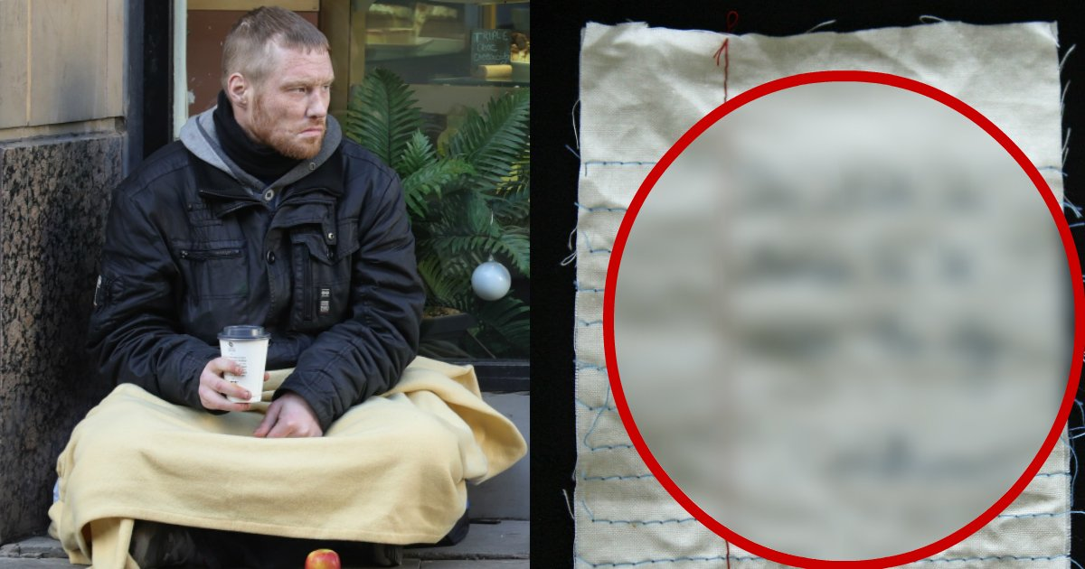 crumplednote - Woman Buys Homeless Man Meal And Sits With Him, The Crumpled Note He Left Brought Everyone In Tears